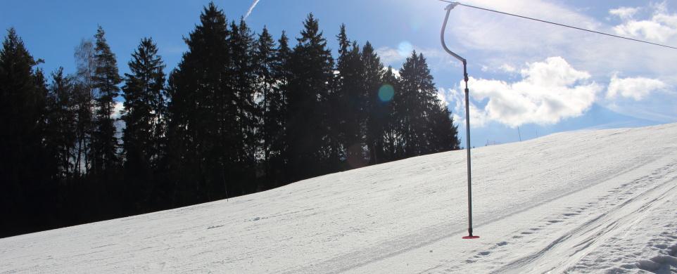 Lyžování ve Ski areálu Hluboká